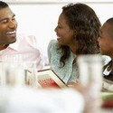 How to make dining out during the holidays a healthy experience